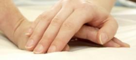 Hands-comfort-istock-2-280x125